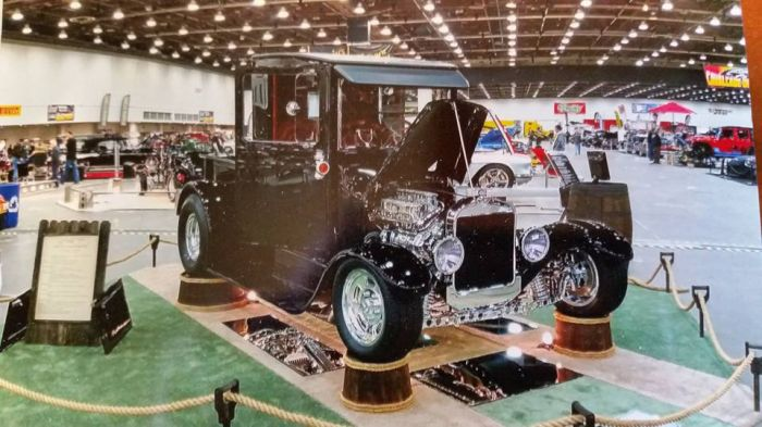 Coyote customs and collision repair bring you beautifully restored automobiles with fresh auto paint